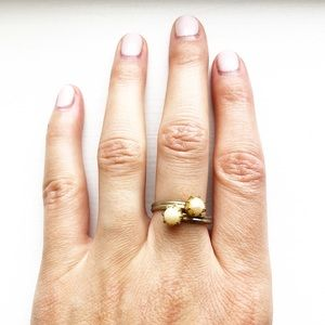 Vintage silver & double pearl ring